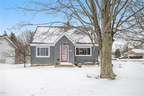 Photo of 3500 Wilson Avenue SW, Grandville, MI 49418 (MLS # 20002962)