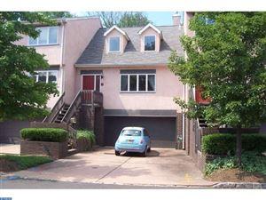 Photo of 5 HANOVER CT, WEST WINDSOR Township, NJ 08540 (MLS # 6876207)