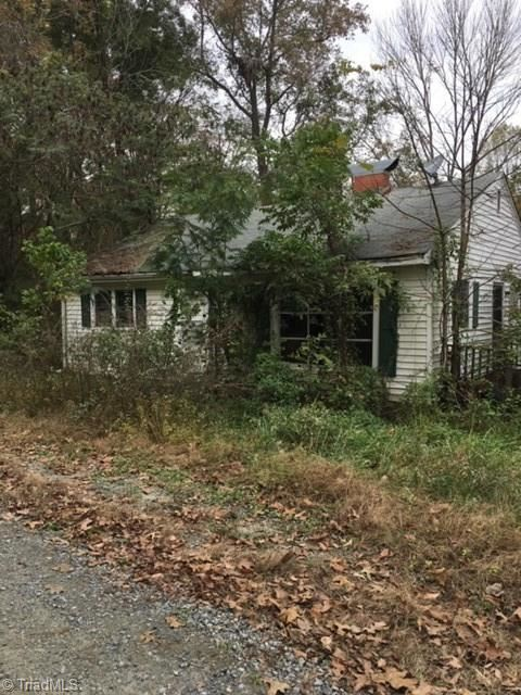 Photo of 1751 Greensboro Street Extension, Lexington, NC 27295 (MLS # 992083)