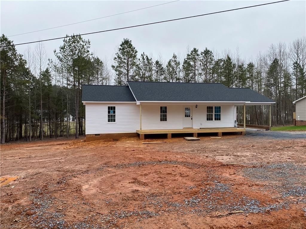 Photo of 3802 Hoover Hill Road, Trinity, NC 27370 (MLS # 1013835)