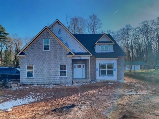Photo of 6050 Skylark Road, Pfafftown, NC 27040 (MLS # 1008885)