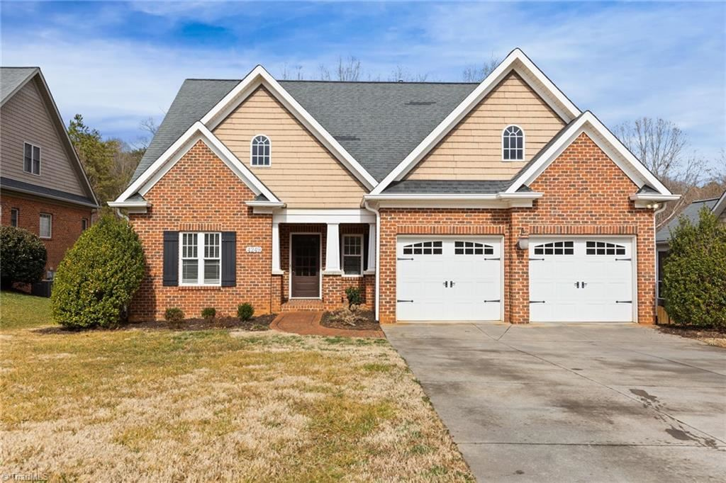 Photo of 4249 Rolling Knoll Lane, Winston Salem, NC 27106 (MLS # 1012948)