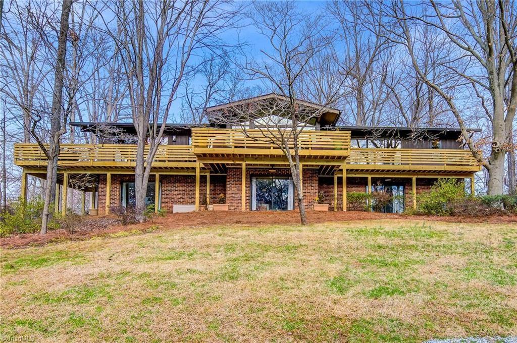 Photo of 427 Country Club Circle, Lexington, NC 27292 (MLS # 1012979)