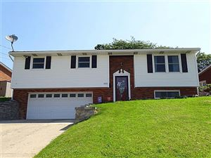 Photo of 652 Woodland Rd, Canonsburg, PA 15317 (MLS # 1404034)