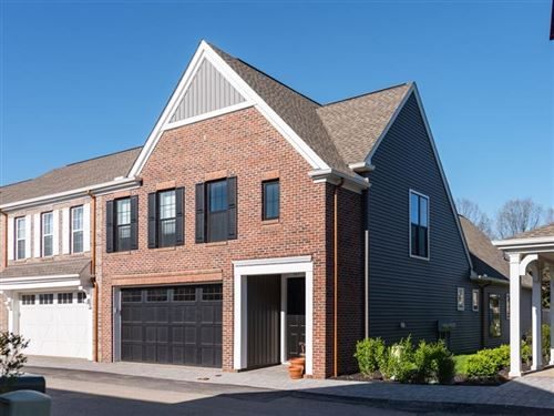 Photo of 429 Roebling Court, Cranberry Township, PA 16066 (MLS # 1523122)