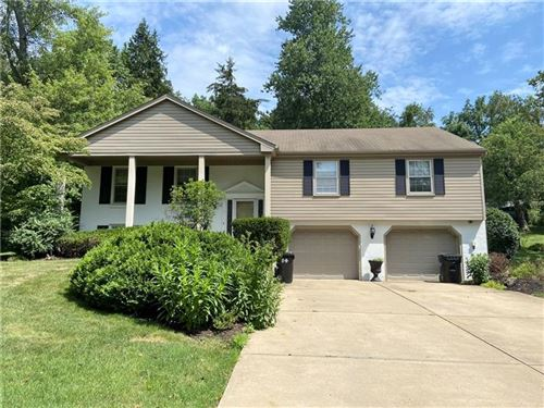 Photo of 706 Olive St, McCandless, PA 15237 (MLS # 1522294)