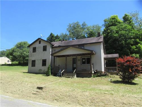 Photo of 1078 Lone Pine Rd, Amity, PA 15311 (MLS # 1403346)
