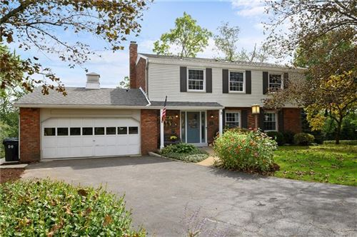 Photo of 1327 Parkview Drive, McCandless, PA 15101 (MLS # 1523347)