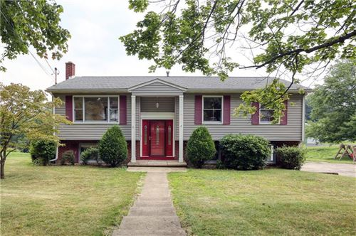 Photo of 1411 Lexington Dr, New Sewickley Township, PA 15066 (MLS # 1514426)