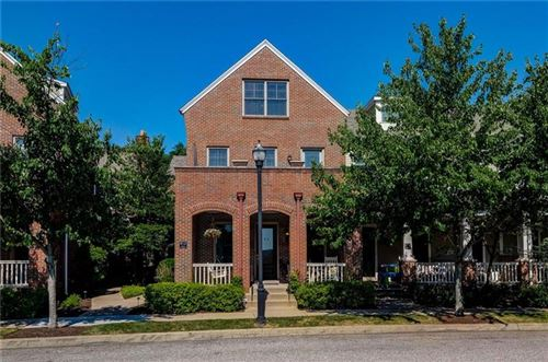 Photo of 1061 Parkview Blvd, Squirrel Hill, PA 15217 (MLS # 1511481)
