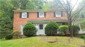 Photo of 622 Westland Dr, Gibsonia, PA 15044 (MLS # 1416513)