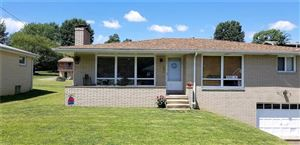 Photo of 1017 Ohio Ave, JEANNETTE, PA 15644 (MLS # 1401595)