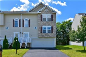 Photo of 535 TEN POINT LANE, CRANBERRY TOWNSHIP, PA 16066 (MLS # 1401657)