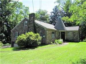 Photo of 1940 Wallace Rd, Allison Park, PA 15101 (MLS # 1402671)