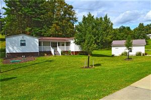 Photo of 8 Slyder Dr, CLAYSVILLE, PA 15323 (MLS # 1398783)