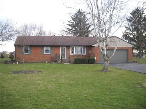 Photo of 4553 E County Line Road, Springfield, OH 45502 (MLS # 1000063)
