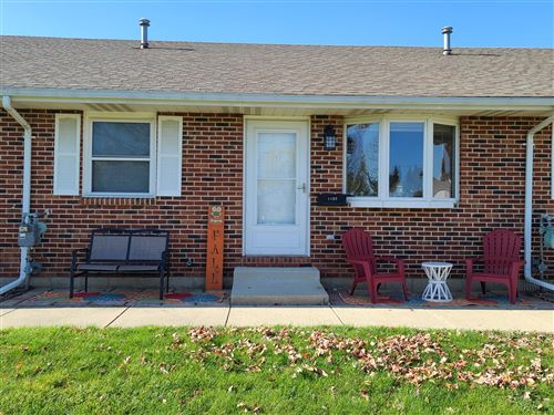 Photo of 4426 E Ridgewood Road, Springfield, OH 45503 (MLS # 1007191)