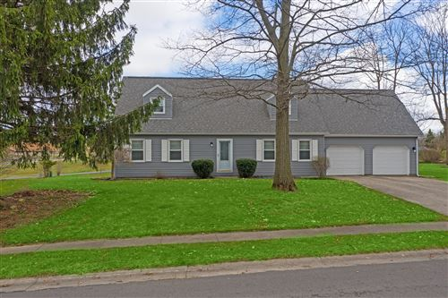 Photo of 612 Oakwood Drive, Bellefontaine, OH 43311 (MLS # 1009249)
