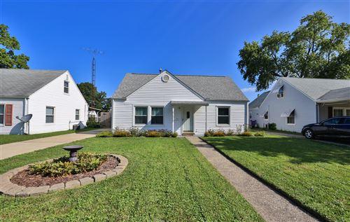 Photo of 1724 S Sweetbriar Lane, Springfield, OH 45505 (MLS # 1013308)