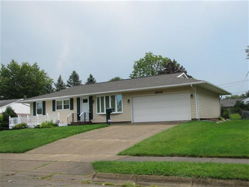 Photo of 2932 Hyannis Drive, Springfield, OH 45503 (MLS # 1005321)