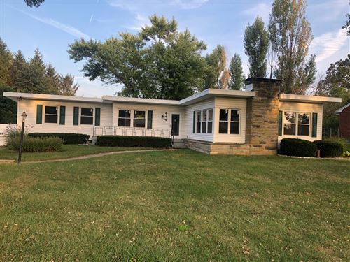 Photo of 444 Forest Drive, Springfield, OH 45505 (MLS # 1000403)