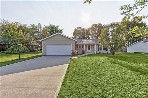 Photo of 323 Eastview Drive, Urbana, OH 43078 (MLS # 1013489)