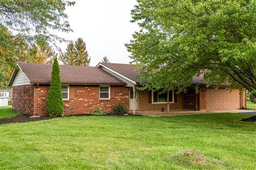 Photo of 3850 Randee Lane, Springfield, OH 45502 (MLS # 1013521)