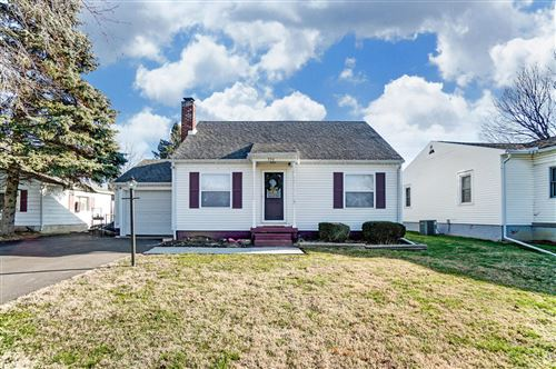 Photo of 336 Larchmont Drive, Springfield, OH 45503 (MLS # 1000657)