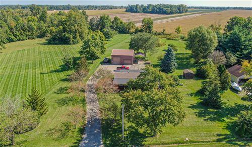 Photo of 2750 S S. Tecumseh Road, Springfield, OH 45502 (MLS # 1013713)