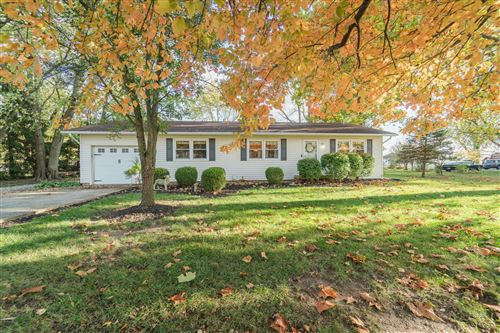 Photo of 2817 W Jackson Road, Springfield, OH 45502 (MLS # 1006746)