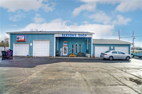 Photo of 1602 Selma Road, Springfield, OH 45505 (MLS # 1008801)