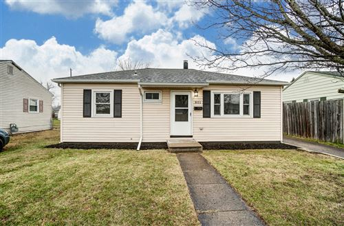 Photo of 801 Barker Drive, Springfield, OH 45505 (MLS # 1007847)