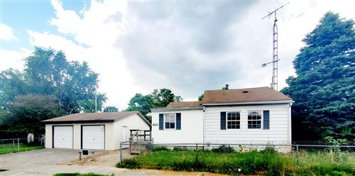 Photo of 1617 Mansfield Avenue, Springfield, OH 45505 (MLS # 1003851)