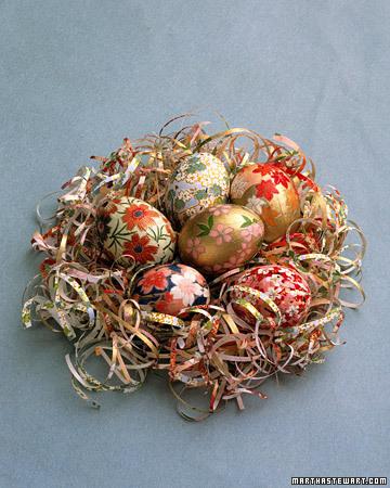 Izpūstas olas aplīmētas ar dekoratīvu papīru
