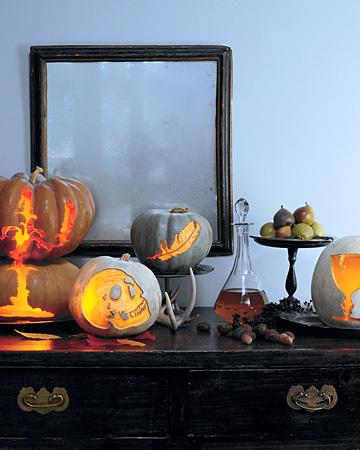 https://i0.wp.com/images.marthastewart.com/images/content/pub/ms_living/2007Q4/la102831_1007_pumpkins_xl.jpg