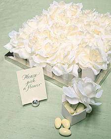 Flower-Topped Favor Boxes