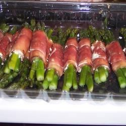 Asparagus Wrapped in Crisp Prosciutto