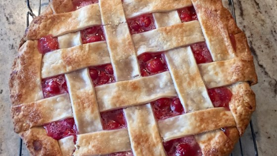 Photo of Baked Fresh Cherry Pie by Cali