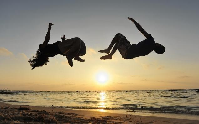 Girl Running On Beach Wallpaper Parkour Accident May Have Caused Teen S Traumatic Brain
