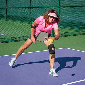 Bursitis treatments vary and medical health care professionals may recommend reducing inflammation of the bursa with medication or knee fluid drainage.