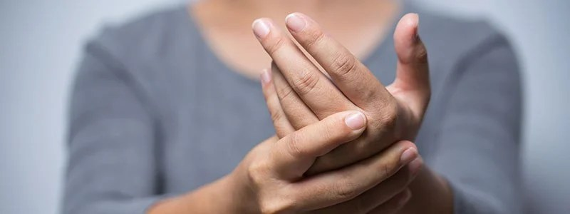 Tingling in Hands and Feet: Symptoms, Signs, Causes & Treatment