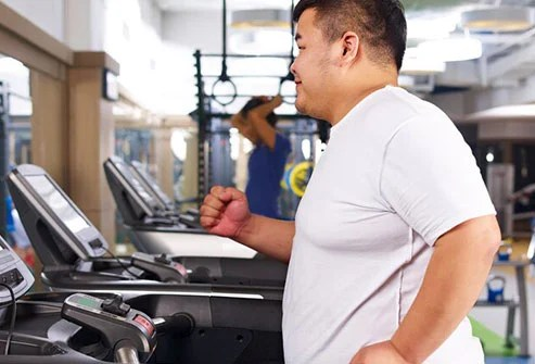 Building muscles with strength training can help you get a handle on abdominal fat.