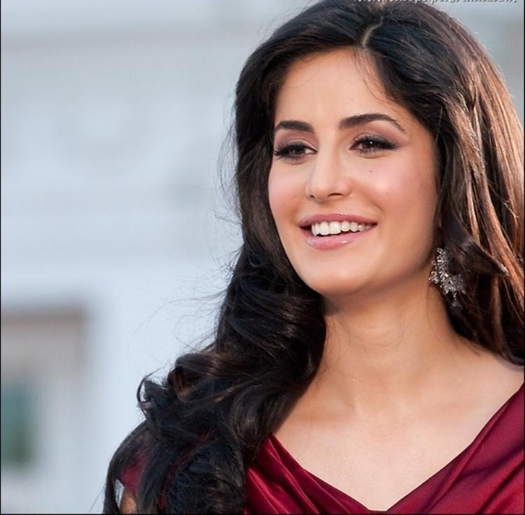 Katrina Kaif Beautiful Smile Pic
