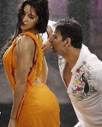 Katrina Kaif Hot Rain Dance Hot Pic