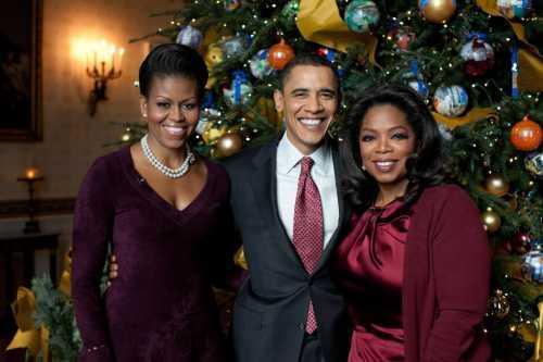 Oprah Winfrey Poses with Obama