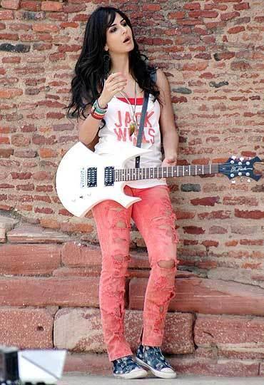 Katrina Kaif Rocking Still in Mere Brother Ki Dulhan