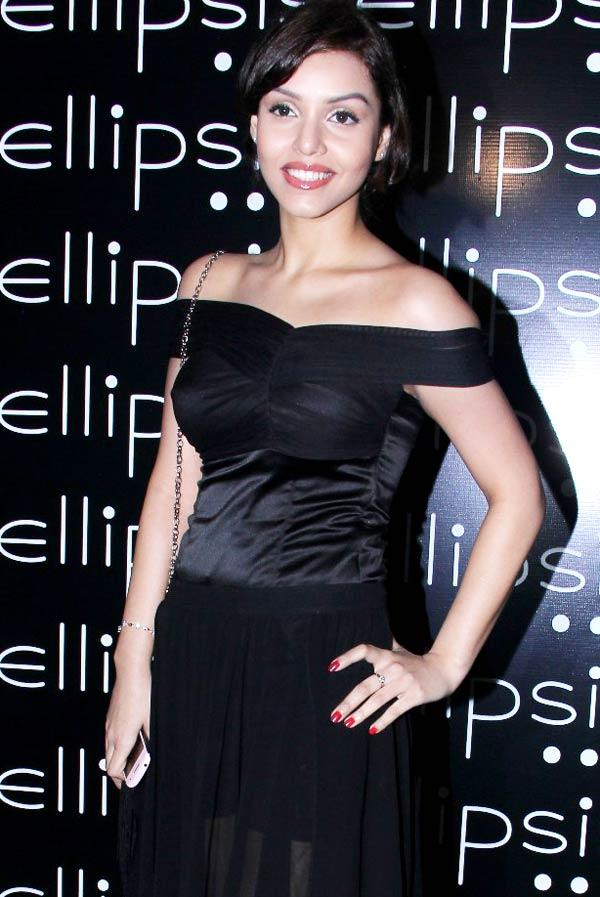 Debi Dutta Looks Gorgeous at Opening Of Ellipsis Restaurant