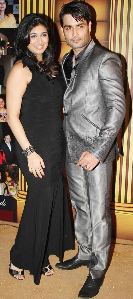 Vahbbiz With Vivian At The 5th Boroplus Gold Awards