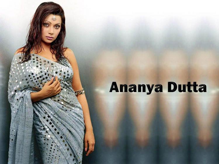Ananya Dutta Sexy Pose Wallpaper