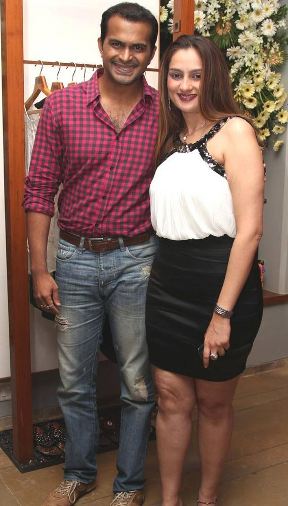 Siddharth Kannan with Amisha Khanna at a Fashion Shop